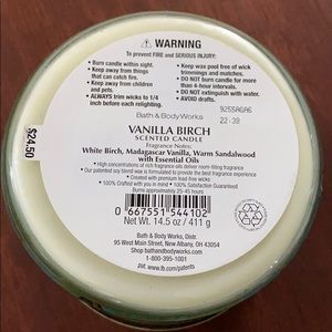 Bath & Body Works Accents - Bath and Body Works Vanilla Birch Candle